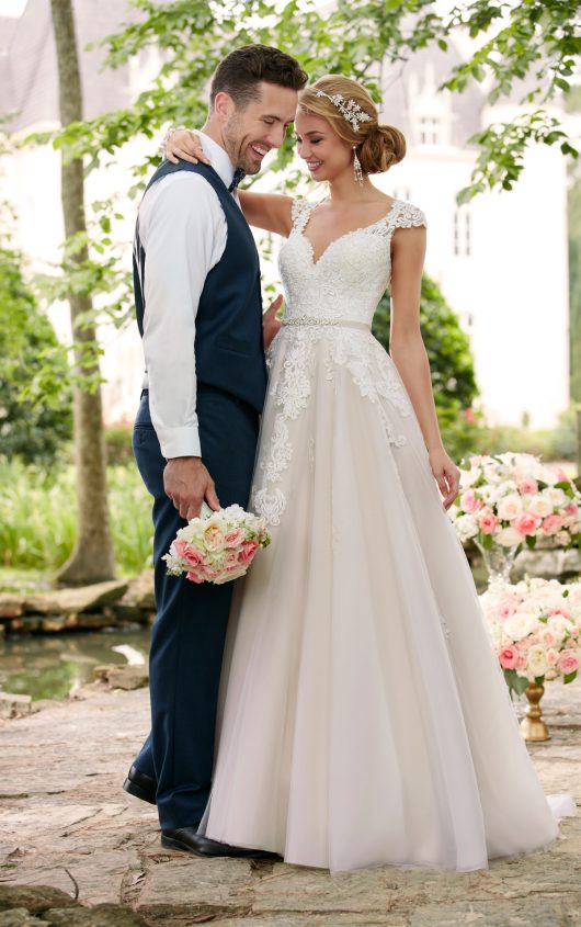 Romantic Lace Wedding Dress From Stella York Dress Me Pretty - Romantic Lace Wedding Dress