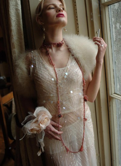 Bridal Accessories For Your Winter Wedding
